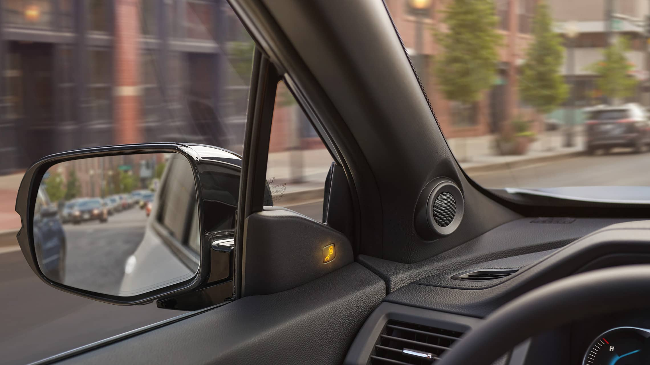 2020 Honda Passport Elite in Lunar Silver Metallic demonstrating the blind spot information system.
